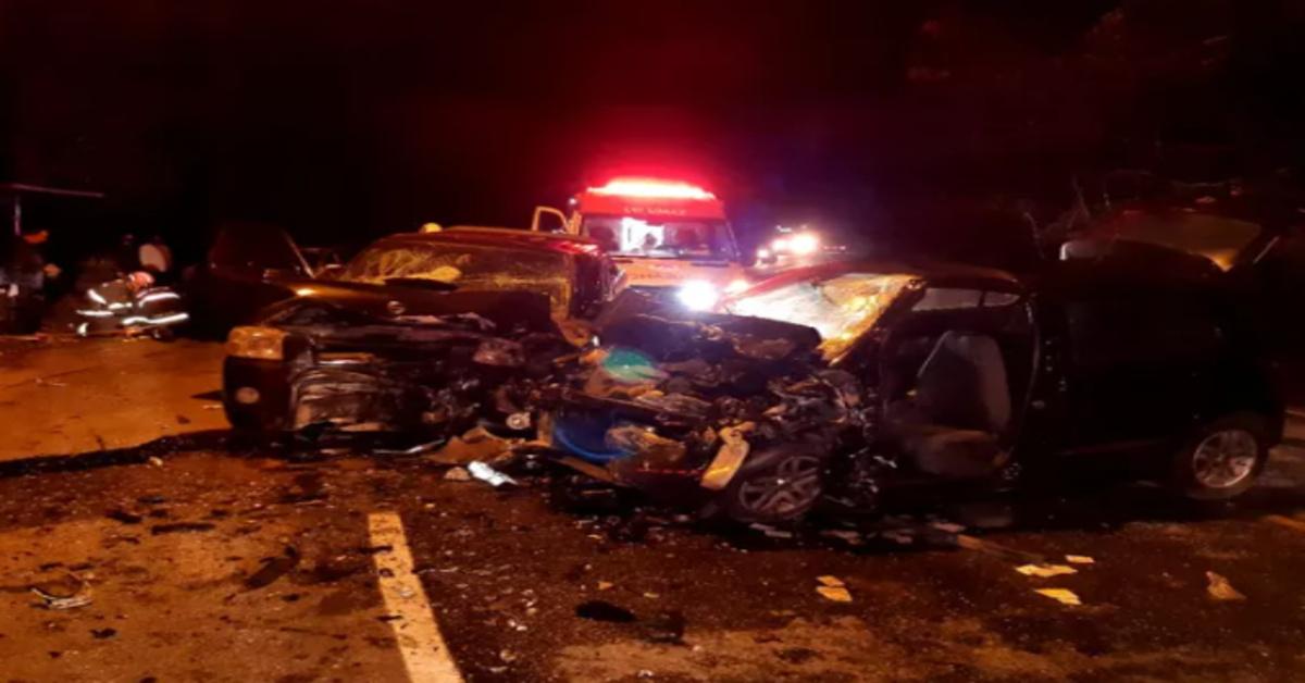 Grave acidente faz 5 vítimas fatais entre elas, dois bebês e uma grávida de 8 meses